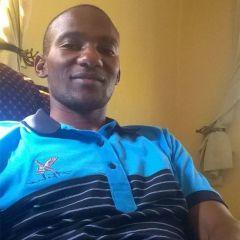 Picha ndogo ya Albert Kissima